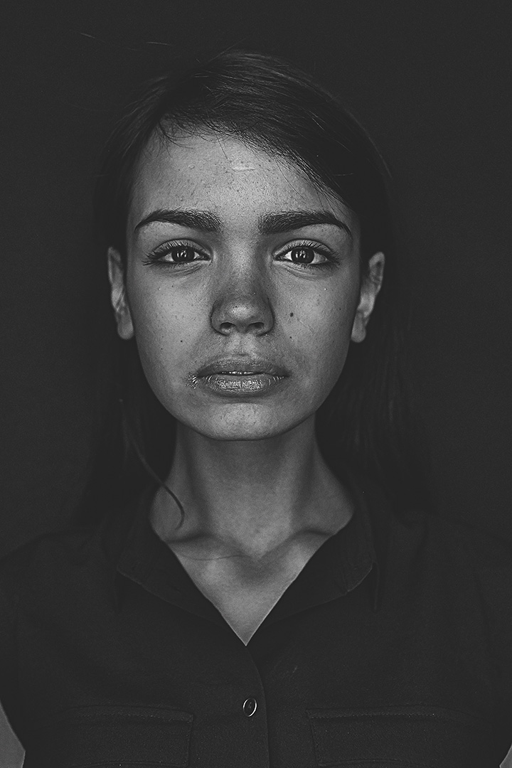 WOLEJKO-WOLEJSZO Black Frame
